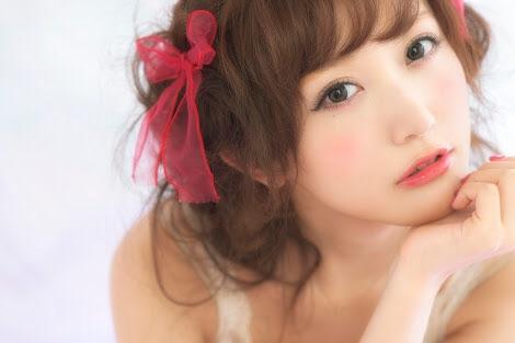 佐野ひなこ、板野友美にそっくりと話題「ともちんかと思った」