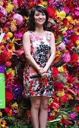大島優子、セクシーなシースルースリットドレス姿公開…「美しい」「可愛すぎ」と絶賛の声