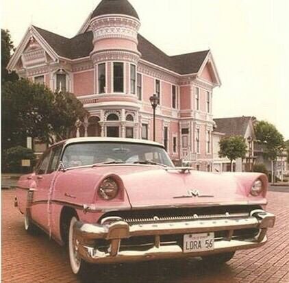 ピンクな画像を貼るトピ。