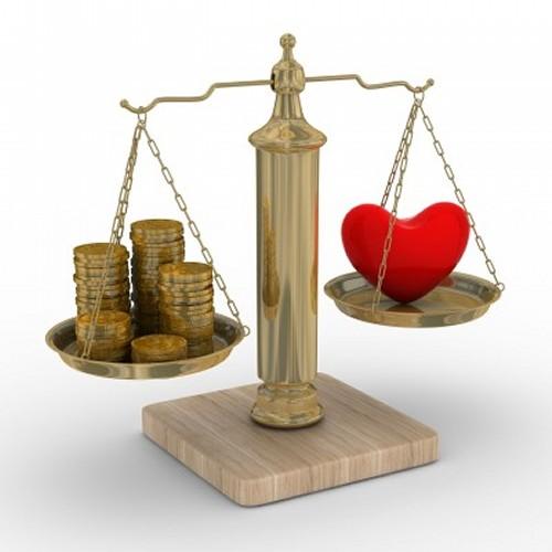 結婚は愛かお金か