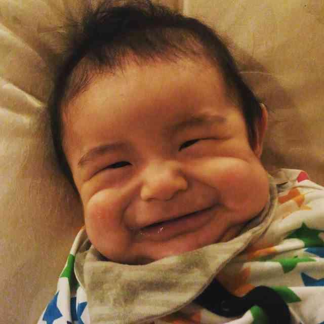 赤ちゃん大好きな人集合しましょう!