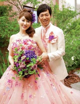 日本人がウェディングドレスを着るのはなぜ?
