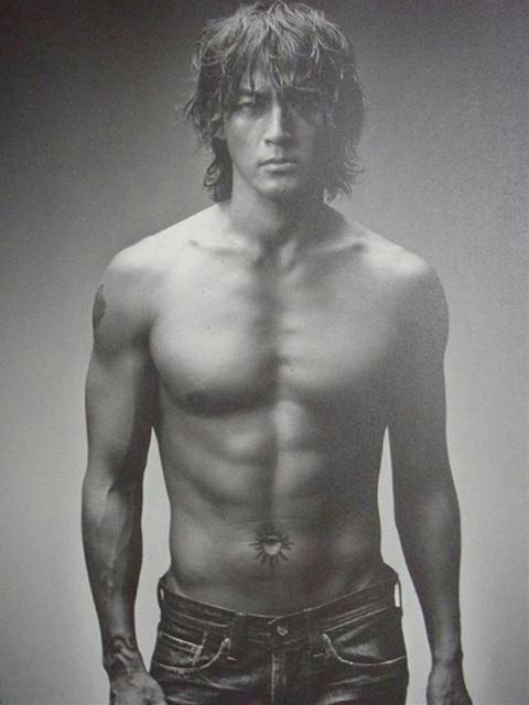 裸がなかなかイケてる俳優