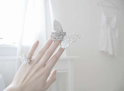 綺麗な手の画像を貼るトピ