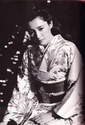 桐谷美玲、松坂慶子とおそろい純白ウエディングドレス「次こそ自分の結婚式で…」