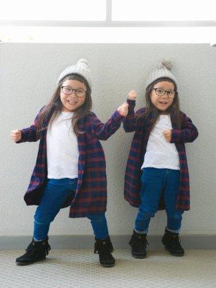 4歳双子りんか&あんな、初イメージガール就任
