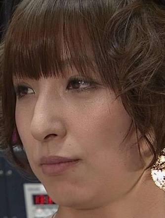 篠田麻里子、写真集ランキング1位で証明した根強い人気
