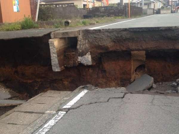 熊本地震、専門家「今後1週間程度は震度5強ぐらいの余震に注意が必要」