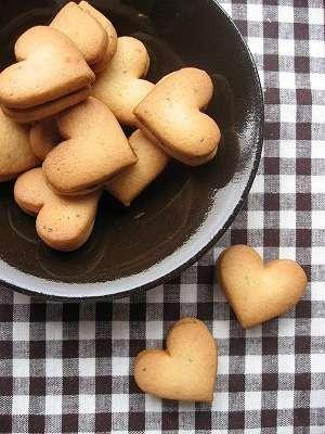 甘いお菓子としょっぱいお菓子どちらが好き?