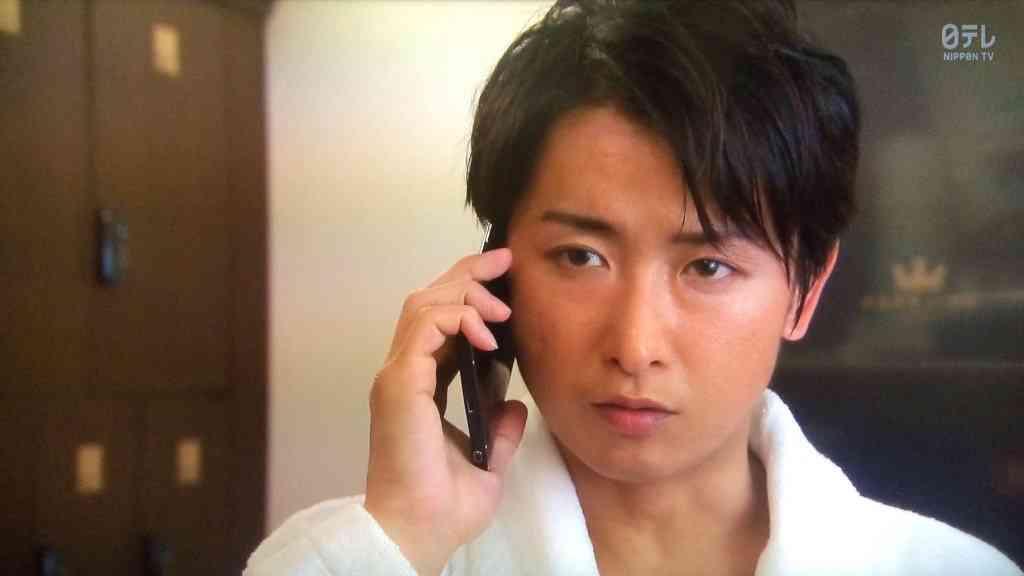 熱愛同棲報道で崖っぷちの嵐・大野智、「波瑠人気」に便乗して視聴率稼ぎ!?