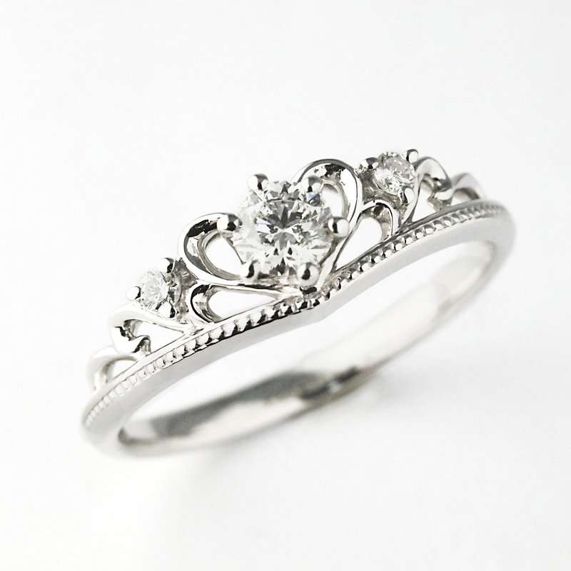結婚指輪とその他のアクセサリー、統一しますか?