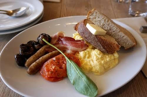 朝ご飯で出てきたらテンション上がる料理