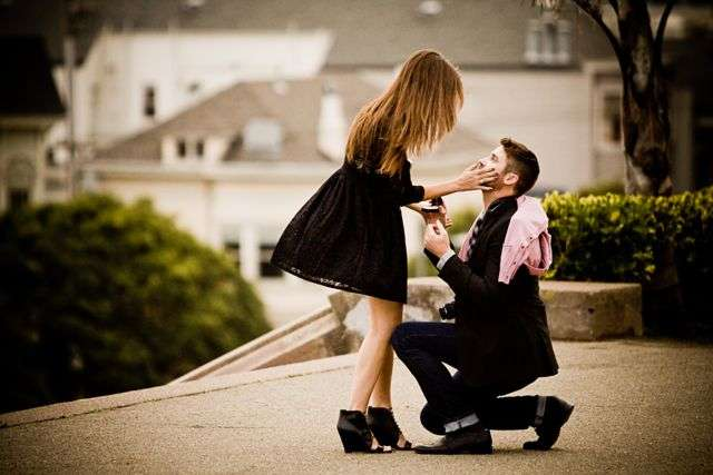 プロポーズの前兆ありましたか?