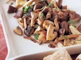 ガッツリ食べても低カロリーな物!