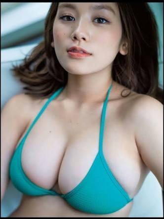 胸が大きい女性ってやっぱりモテますか?