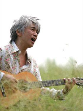 玉置浩二が憩室炎で緊急入院 1カ月休養へ 今月の5公演は中止
