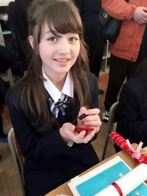 """""""1000年に1度の逸材""""再来? 小学生モデル・木村ユリヤが可愛すぎる"""