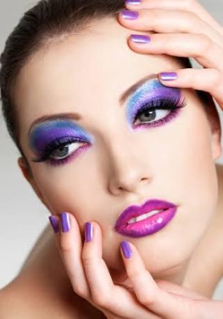 専業主婦のみなさん、毎日お化粧してますか?