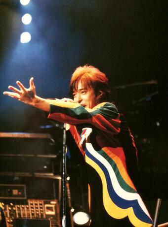 歌って踊れるアーティスト
