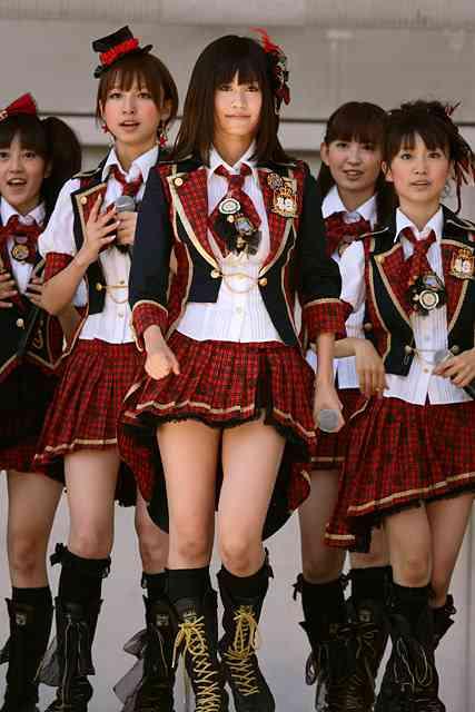 """「ファンはどこへ?」元AKB48・前田敦子のアルバムが大爆死!""""脱ぎ芸""""収録も価値はなし"""