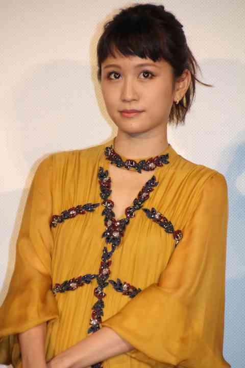 宮沢りえが「前田敦子を大絶賛」の裏に小泉今日子の存在