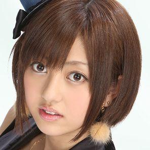 菊地亜美が助っ人激似と話題、DeNAエリアンに「お兄ちゃん調子どう?」。