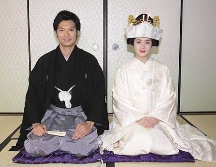 優香と青木崇高が明治神宮で挙式、厳戒態勢も外国人観光客らは興奮