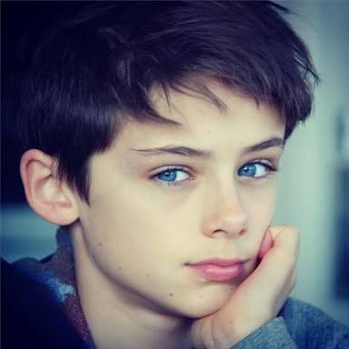 【写真】13歳の少年、世界一のイケメンに選ばれる