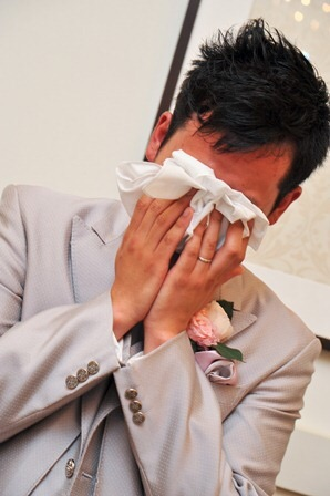 キュンとする男性の泣き顔