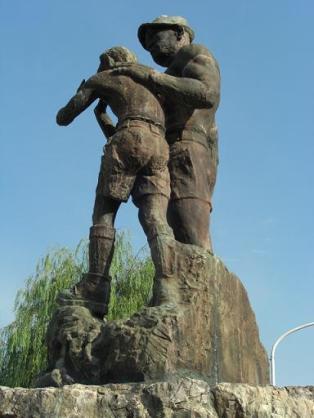 銅像にセリフをつけよう!