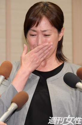 高島礼子に留置所の高知東生容疑者から離婚届「迷惑かけられない」