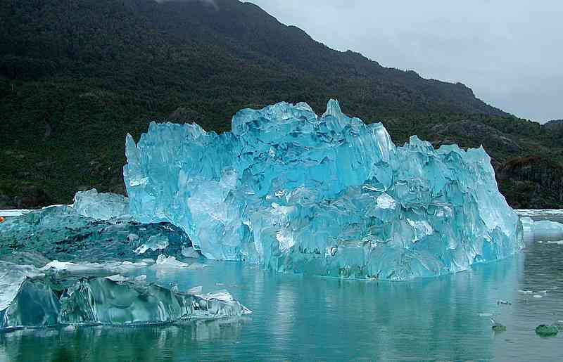 氷河や氷山の画像ください!