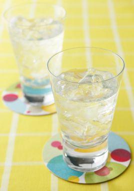 水だけを飲んでいてもダメ?大塚製薬の熱中症解説が分かりやすい!