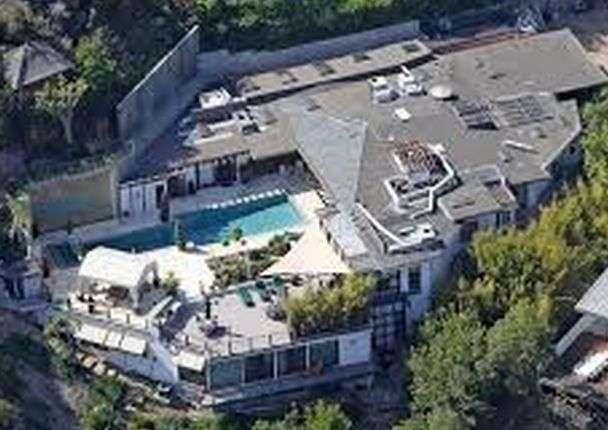 おのののか、怪しいパーティー参加者暴露 豪邸屋上プールで「すっごい泳いでた」