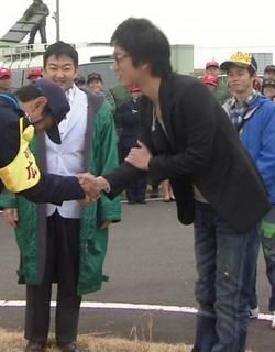 俳優の桐谷健太さん好きな人集まれー
