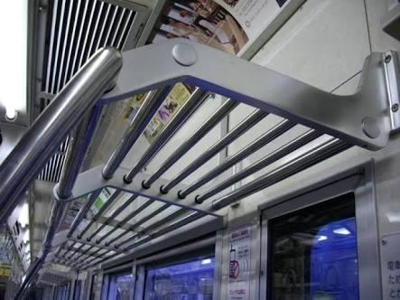 <電車のベビーカー>新車両「スペース2カ所以上に」義務化-国交省