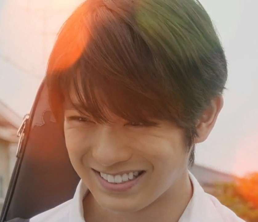 イケメンの笑顔の画像下さい