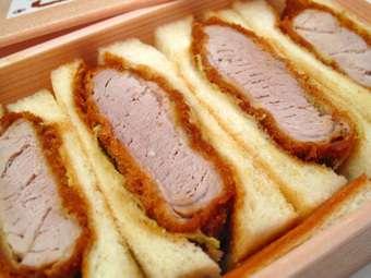 ダイエット中の方、お昼は何を食べていますか?