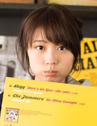 """有村架純の""""おまんじゅう顔""""にファン悶絶"""
