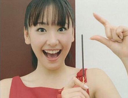 新垣結衣×星野源、W制服オフショットにファン興奮「破壊力ハンパない」