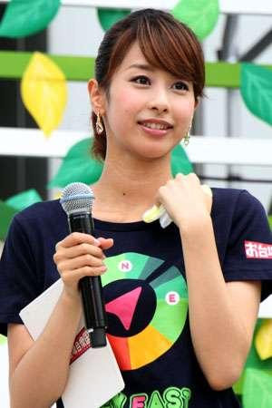 「なんで私をこんな体に産んだの!」加藤綾子アナが語った「幼少期の苦悩」と「支えてくれた母」
