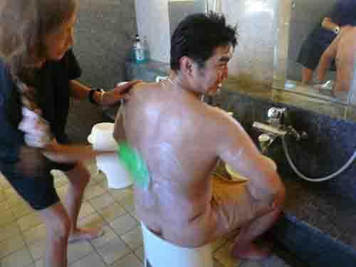 旦那さん(彼氏)と毎日一緒にお風呂に入ってますか