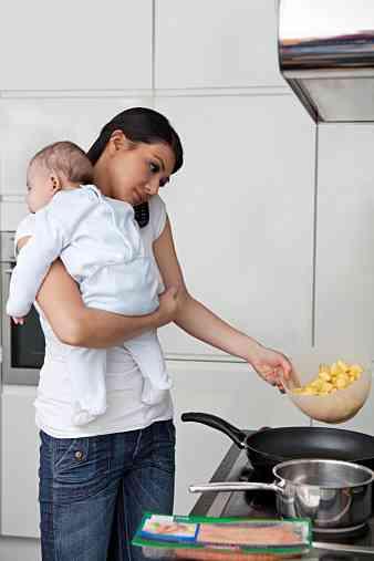 ワーキングマザーでもうまく食事を作るコツ