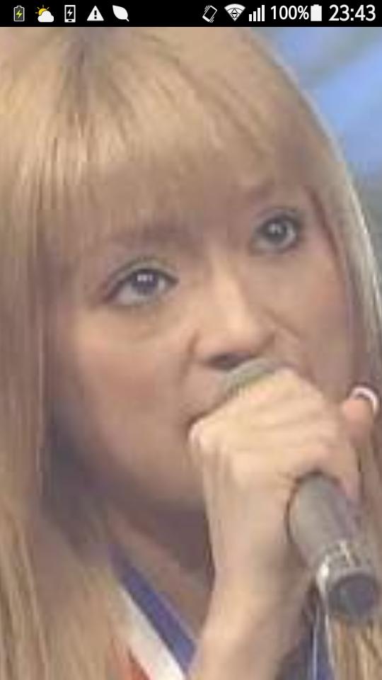 浜崎あゆみ、太ももあらわなビーチコーデ「可愛いのにセクシー」と絶賛の声