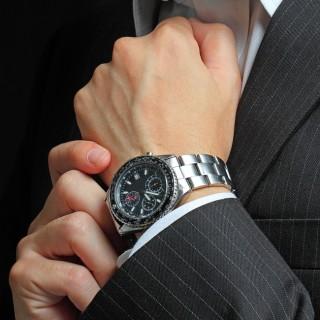 「スマホがあれば充分」 では腕時計の存在価値って?