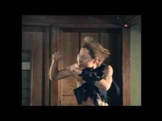笑えるミュージックビデオ
