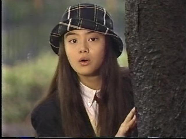 まさに伝説の少女  観月ありさ、学生時代の自分と並んだ2ショットに反響「少女の頃も綺麗で可愛い」