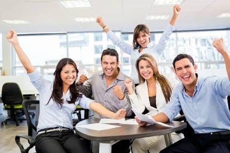 職場で友達ほしいと思いますか?