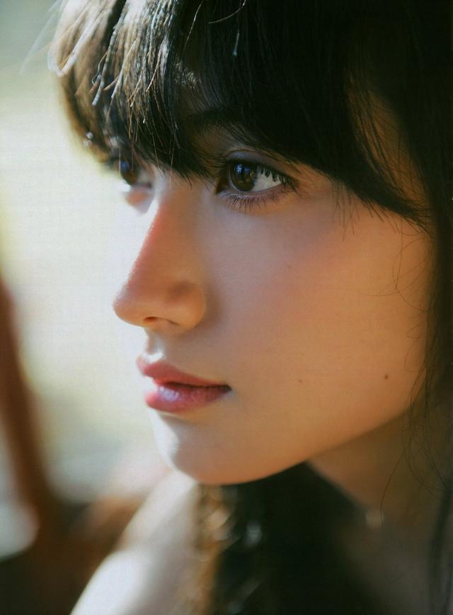 美人の条件は「左右対称」な顔?!「非対称」になってしまう原因とは?