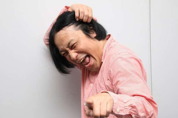 """中村アン、""""かきあげ"""" 封印? ぱっつんボブヘア&制服ショットに驚きの声"""